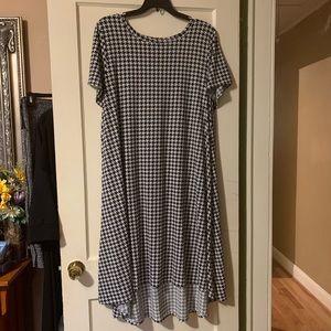 Houndstooth Lularoe High Low Carly Dress - 3X